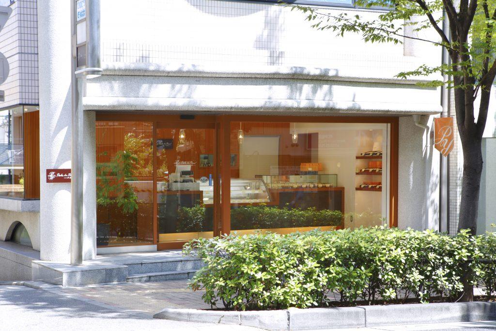ポッシュ・ドゥ・レーヴ芦屋外観写真 洋菓子店
