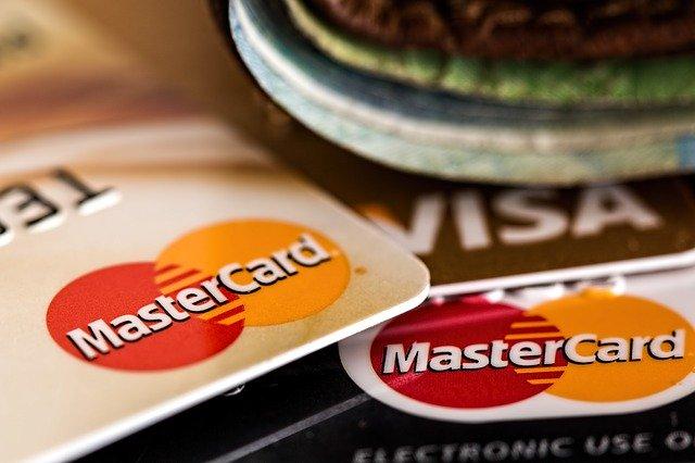 独立「前」にパティシエはクレジットカードを作ってクレヒスを積むこと!