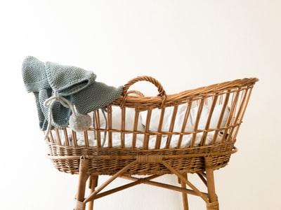 パティシエ(正社員)が妊娠7ヶ月でパートか退職かを勧められたらどうするか?